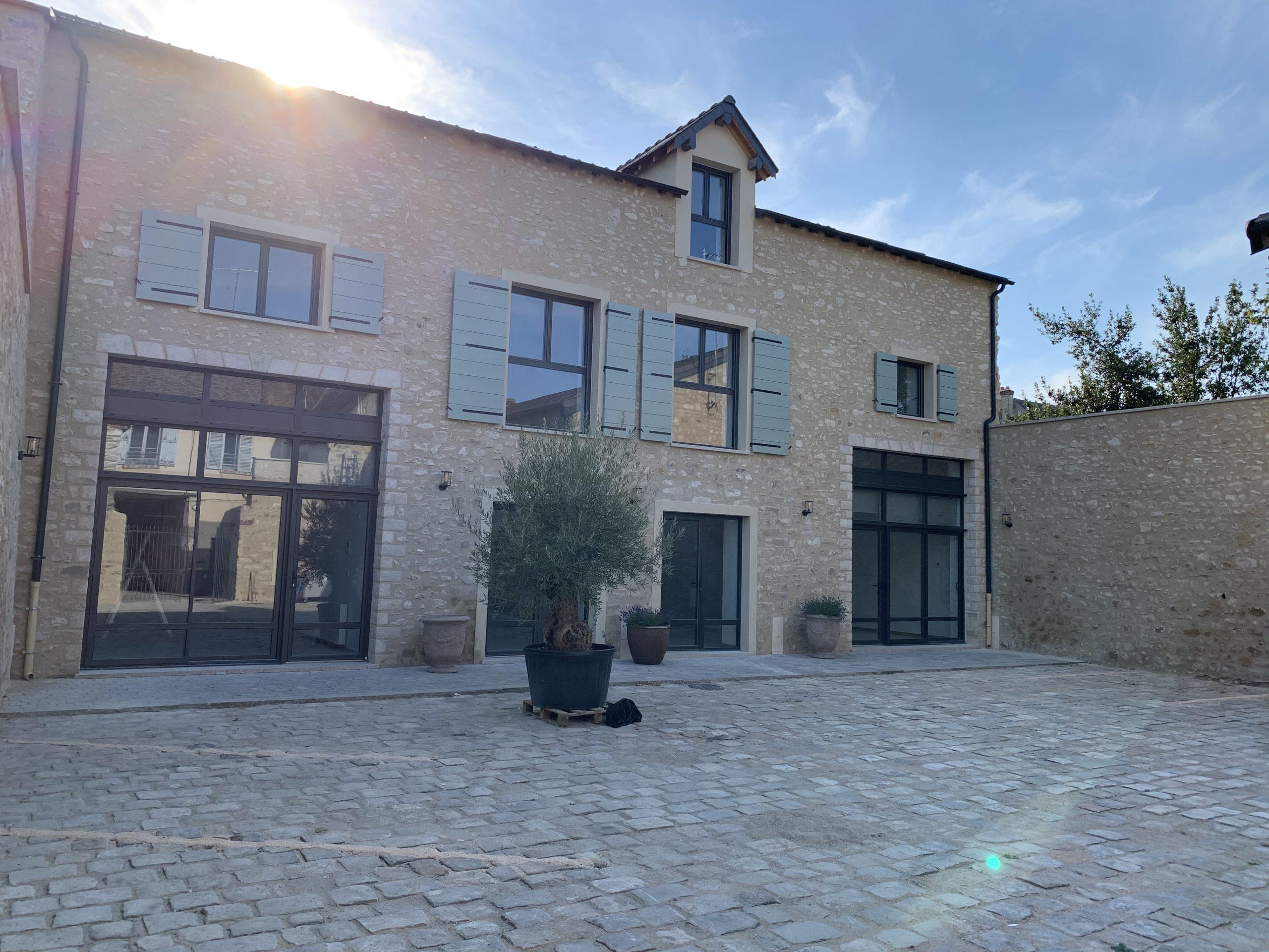 Milly La Foret – T3 – 79,12 m² – 1300 €/mois CC